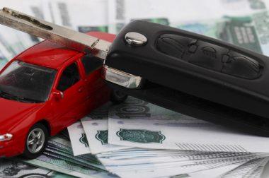 Можно ли оформить автокредит заемщику в 18 лет?